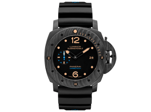 Buy original Panerai LUMINOR SUBMERSIBLE 1950 CARBOTECH™ 3 DAYS AUTOMATIC PAM00616 with Bitcoin!