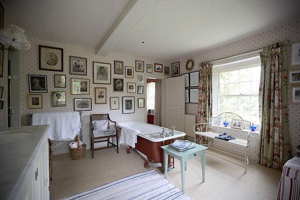 Isolation Farmhouse in Hampshire, 1h from London