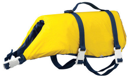Pet Vest with handle to make it easier to pick up dogs in the water.