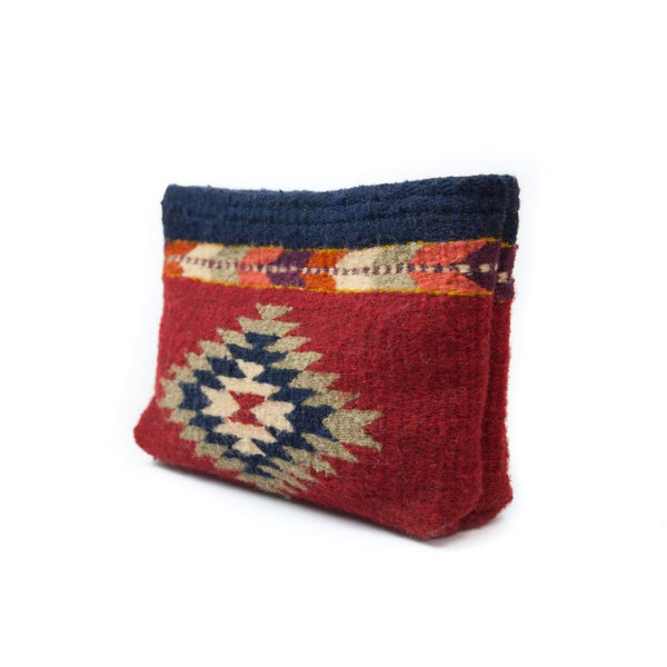 Manos Zapotecas-  Dark Earth Lupita Clutch