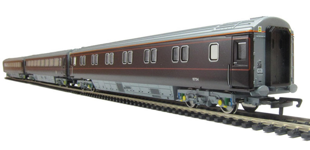 Hornby R1106K Royal Train Set Collectors Limited Edition 00
