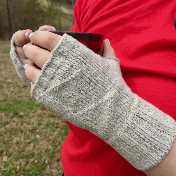 SilverSpun® Triangle Mitts