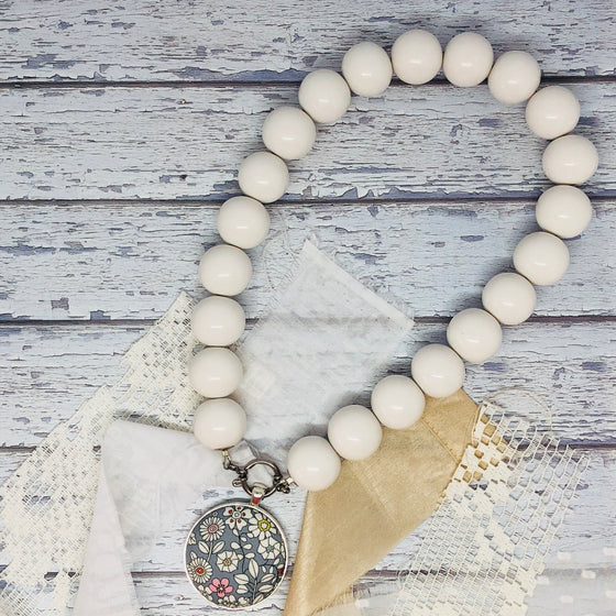 'Bedrock' White Necklace