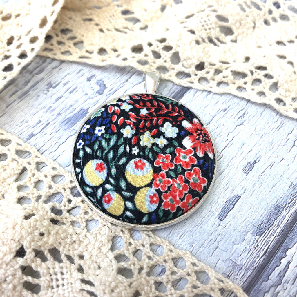 Moody Floral Pendant