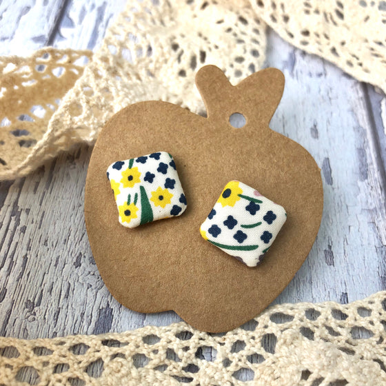 """Polly"" Fabric Stud"