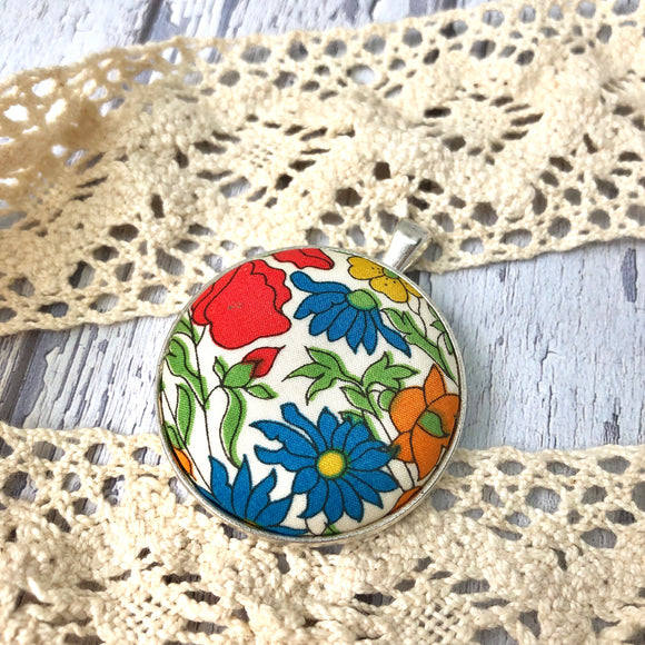 Sunny Floral Pendant