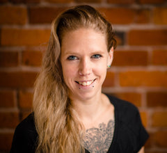Laura Bestow RMT Registered Massage Therapist Vancouver Gastown MVMTLAB Sports Performance Clinic