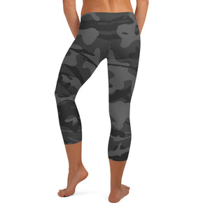 Women's Capri Leggings | Soft Gray Camo