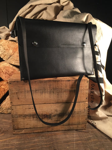 Jeychan Clutch - Black