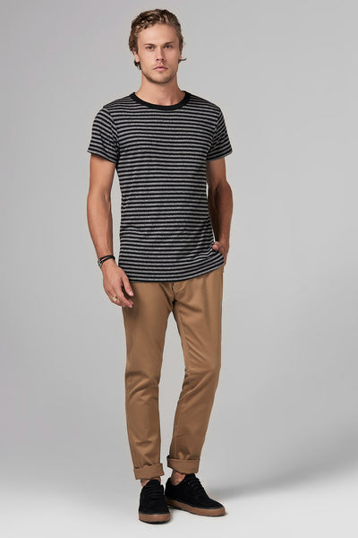 MEN'S RELAXED CREW NECK TEE - QUARTER STRIPE