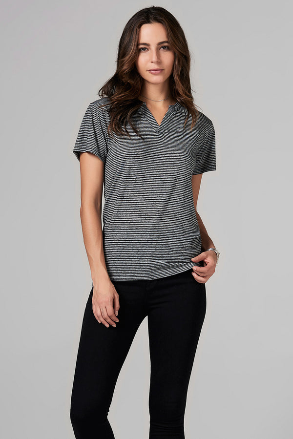 WOMEN'S CROSS V-NECK TEE - THIN STRIPE