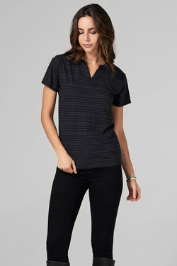 WOMEN'S CROSS V-NECK TEE - WAVY STRIPE