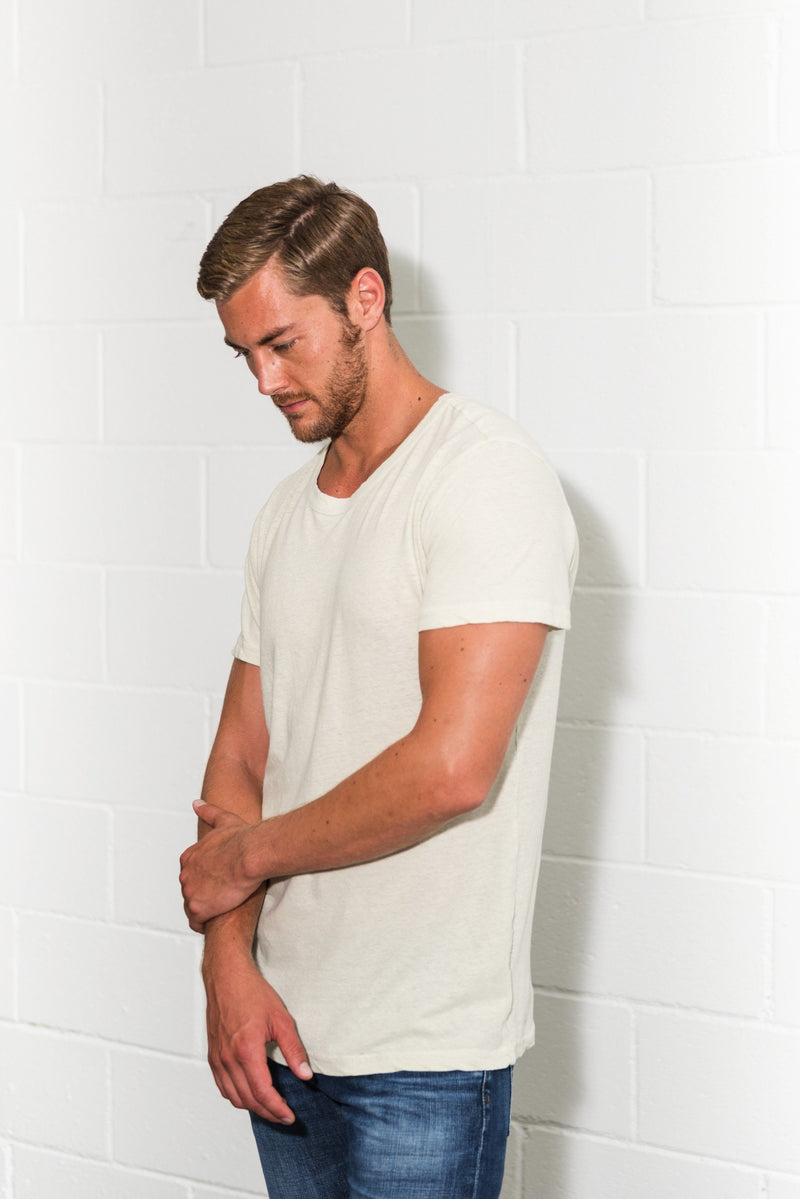 Men's Linen Blend Wide Neck Band Tee
