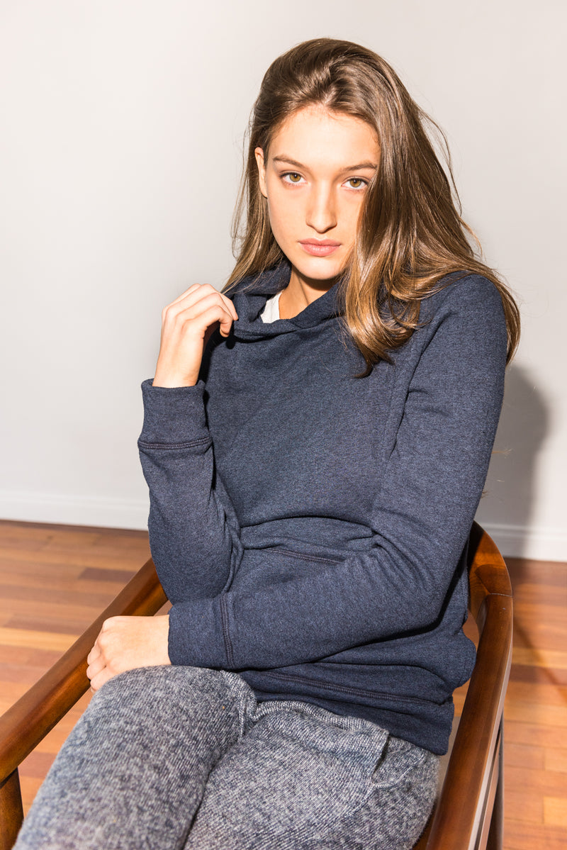 WOMEN'S FRENCH TERRY PULLOVER HOODIE - NAVY