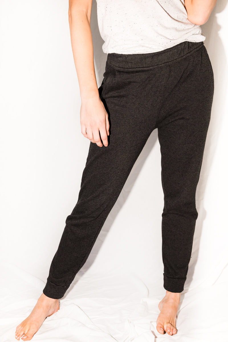 Women's French Terry Cuff Bottom Back Pocket Sweatpant