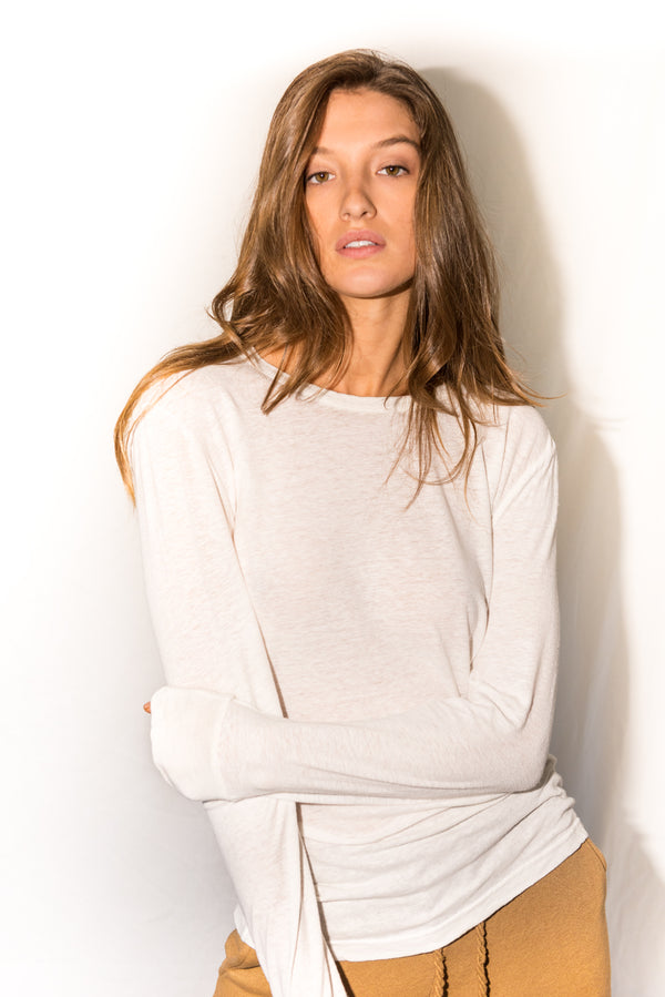 Women's Linen Blend Wide Cuff Long Sleeve Tee - White