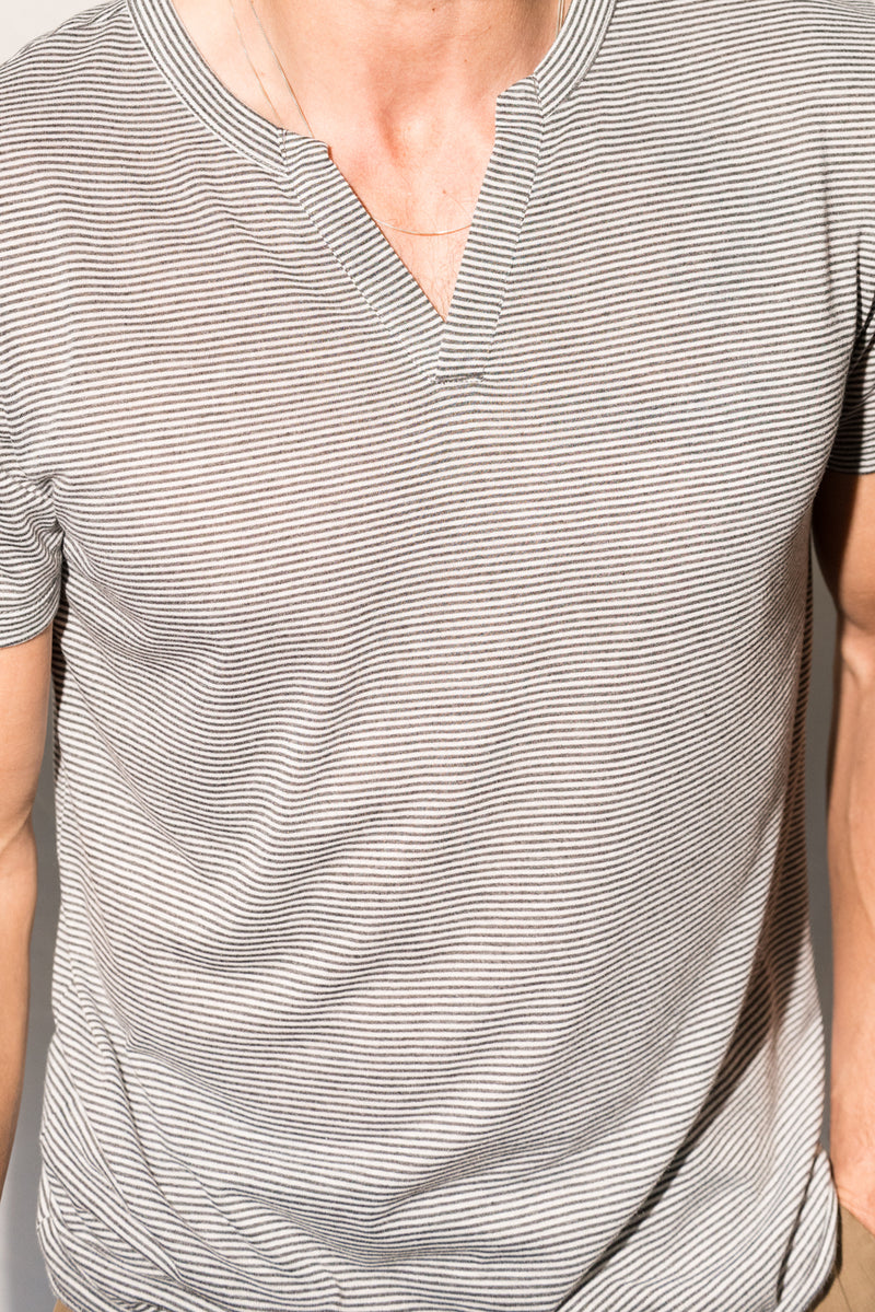 Men's Jersey Cross V-Neck Tee - Grey White Stripe