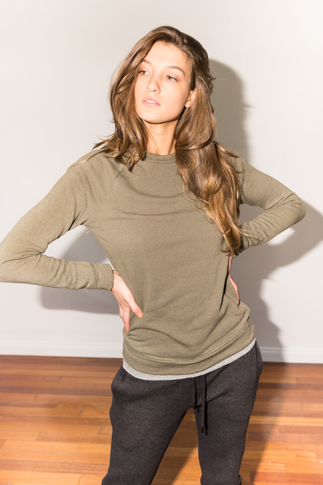 WOMEN'S FRENCH TERRY SLIM FIT PULLOVER SWEATSHIRT - ARMY
