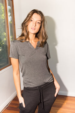 WOMEN'S MODAL CROSS V NECK TEE - HEATHER GREY