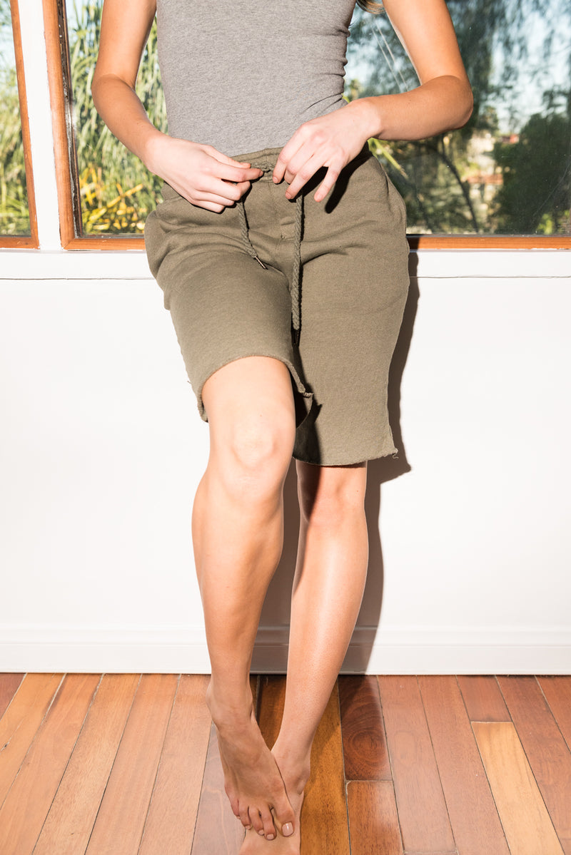 WOMEN'S FRENCH TERRY SHORT - ARMY