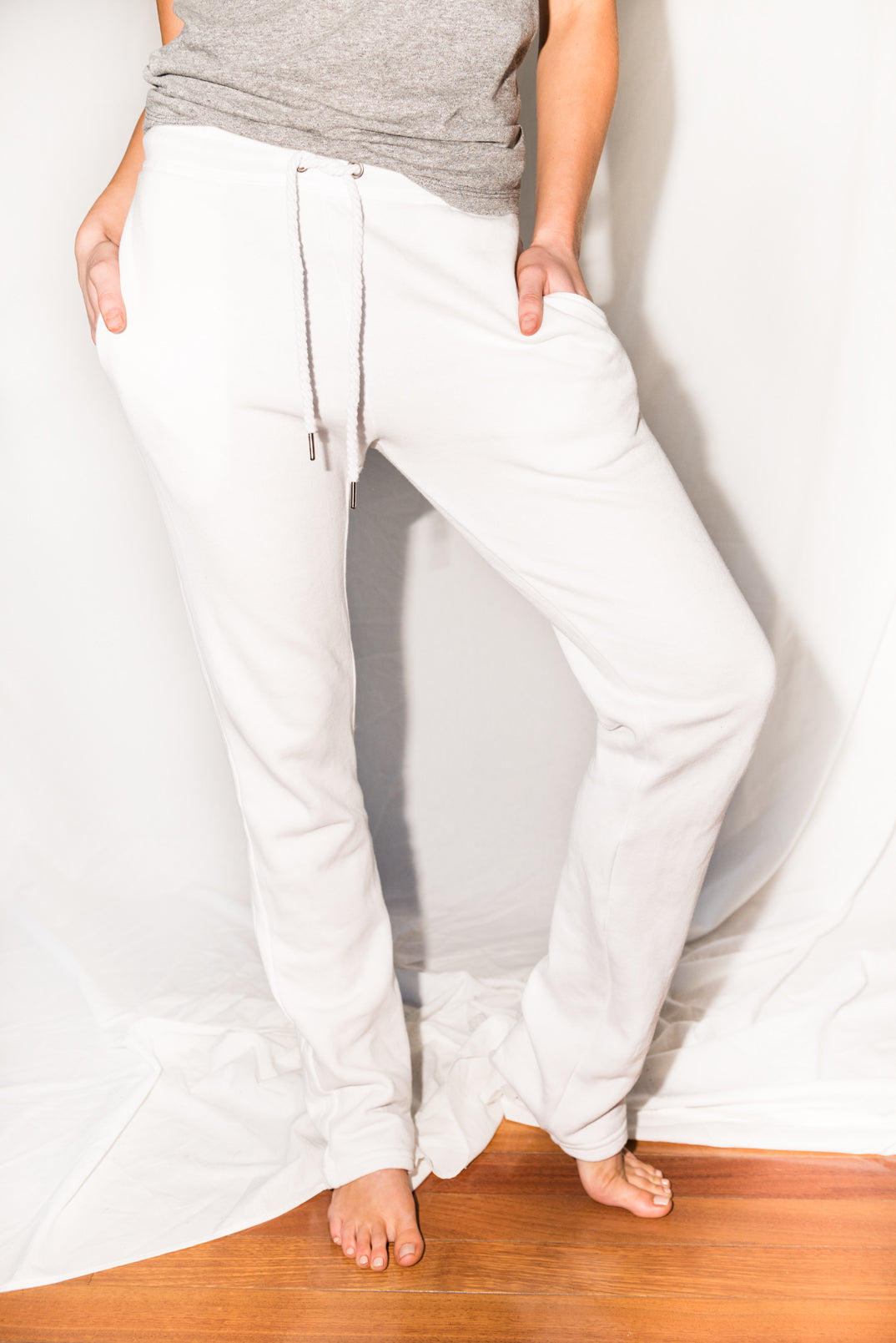 WOMEN'S FRENCH TERRY SWEATPANT - WHITE