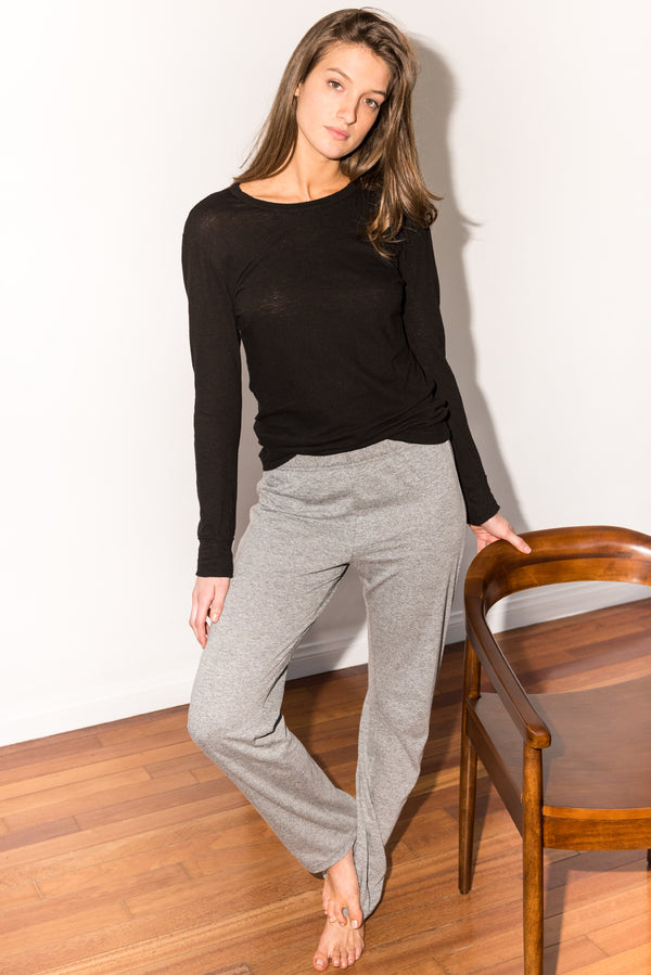 Women's Linen Blend Wide Cuff Long Sleeve Tee - Black