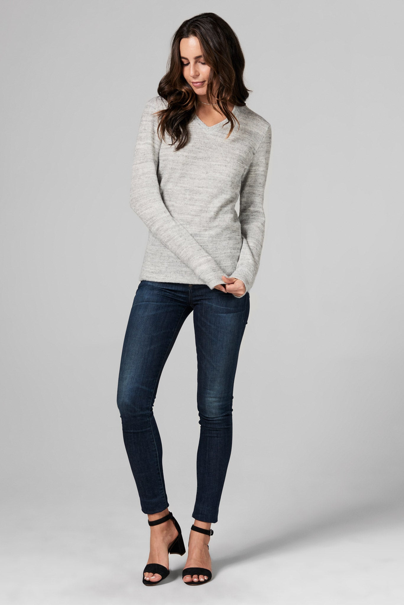 WOMEN'S MELANGE KNIT V-NECK PULLOVER SWEATSHIRT - HEATHER
