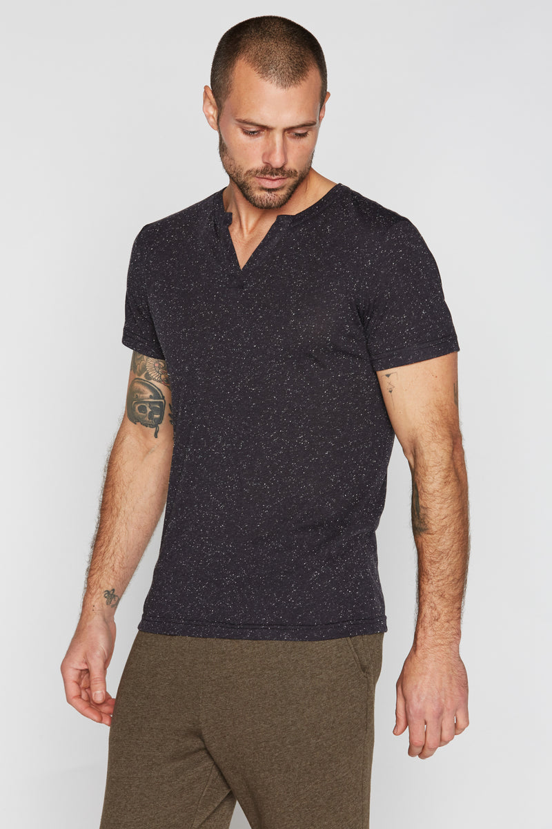 Men's Cross V-Neck Tee - Multi-Dot Black & White