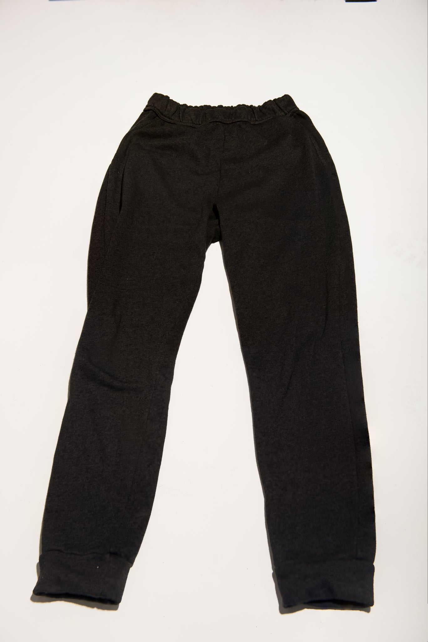 Women's French Terry Cuff Bottom Back Pocket Sweatpant - Black