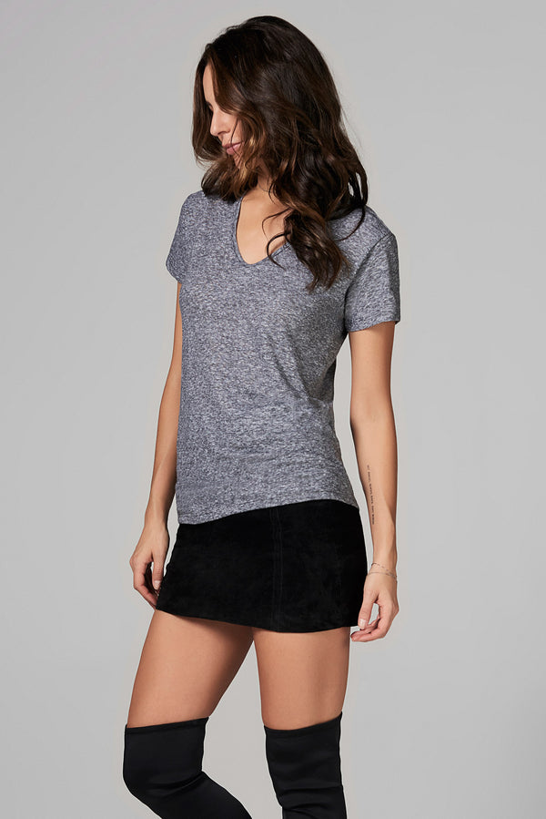 WOMEN'S V NECK TEE - MINI STRIPE