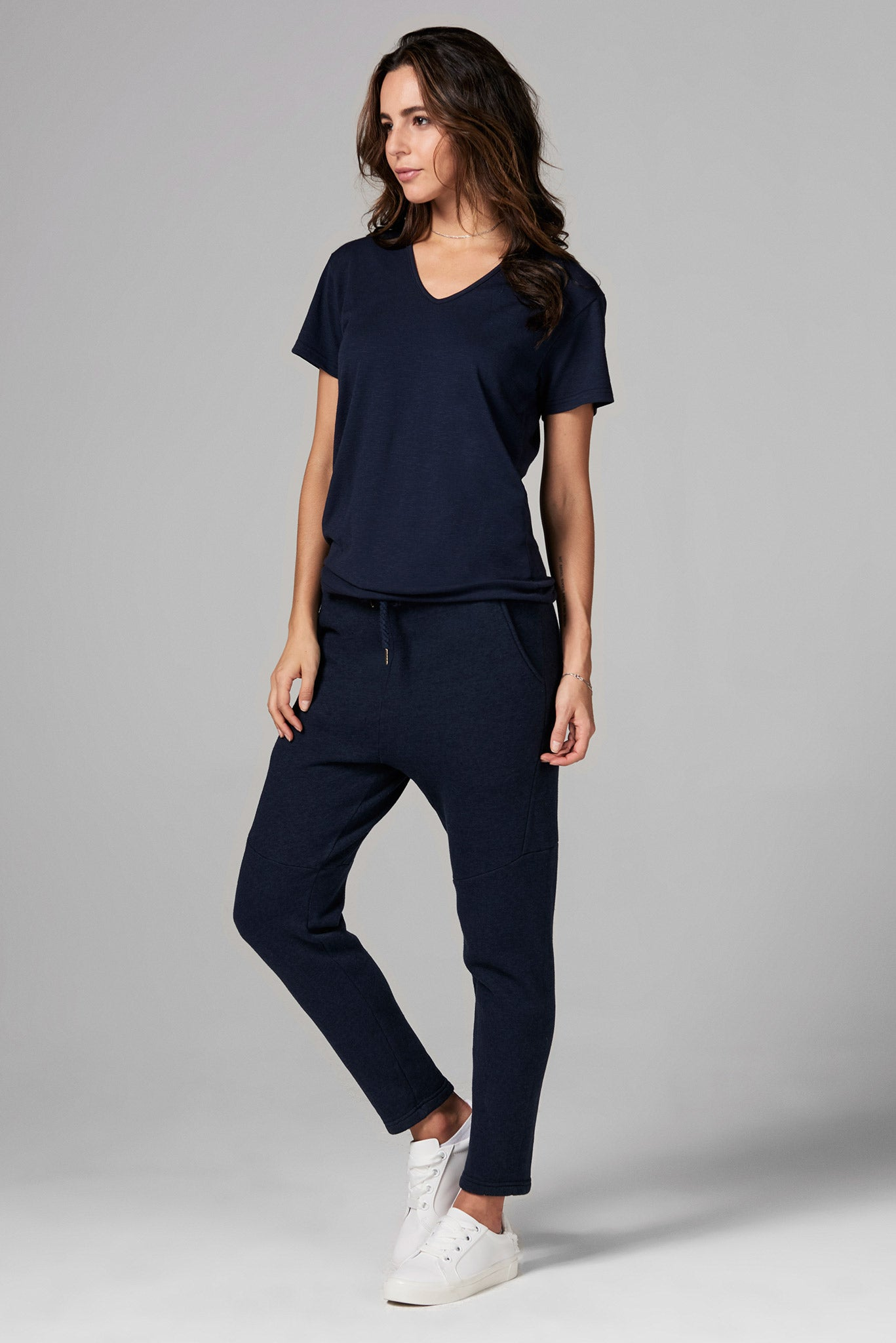 WOMEN'S SLUB V NECK TEE - NAVY