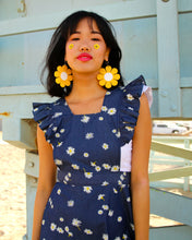 ✿ COMING UP DAISIES PINAFORE ✿
