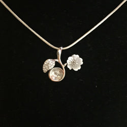 Apple Blossom Single-Pearl Pendant Mounting (Sterling silver)