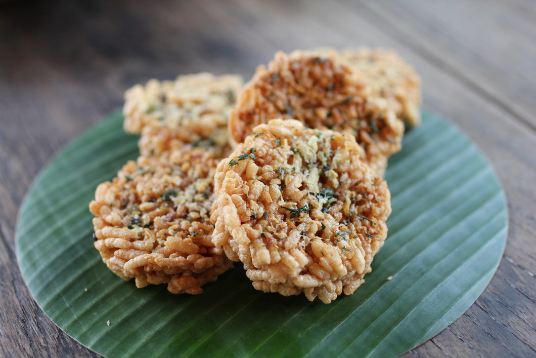 Crispy Rice Cracker Garlic