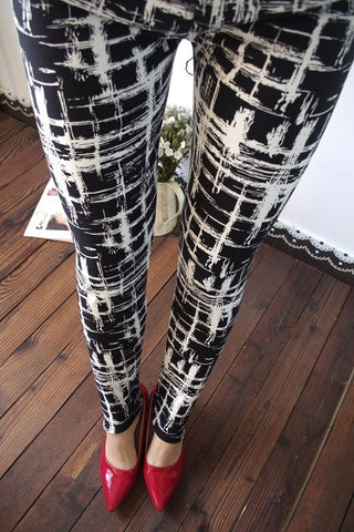 Cotton Elastic Plaid Graffiti Leggings