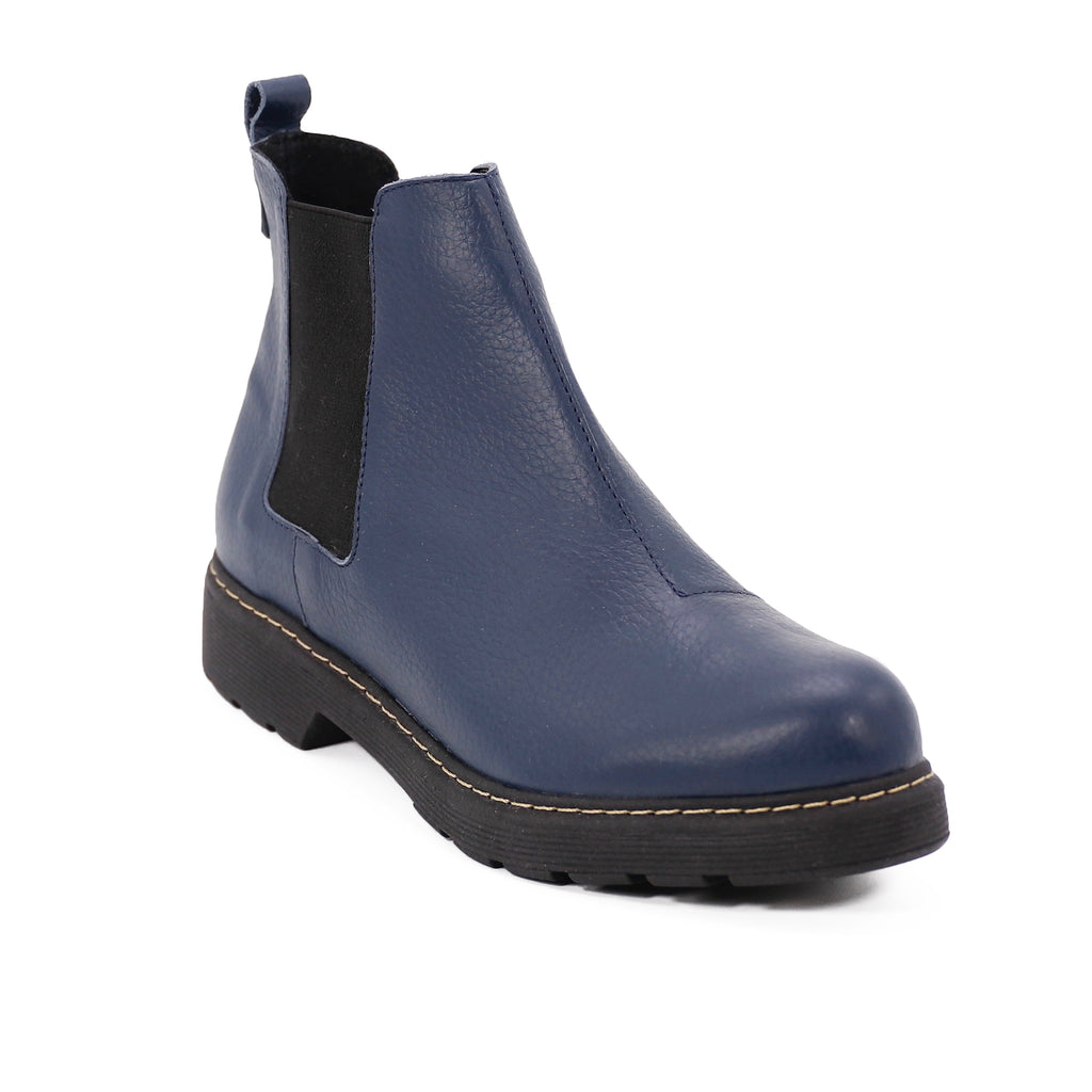 De Wulf Footwear, De wulf shoes, women shoes, women ankle boots, women ankle shoes, women blue shoes, women blue boots, women comfortable, trendy boots, leather shoes, leather boots, chelsea boots, blue chelsea boots for women