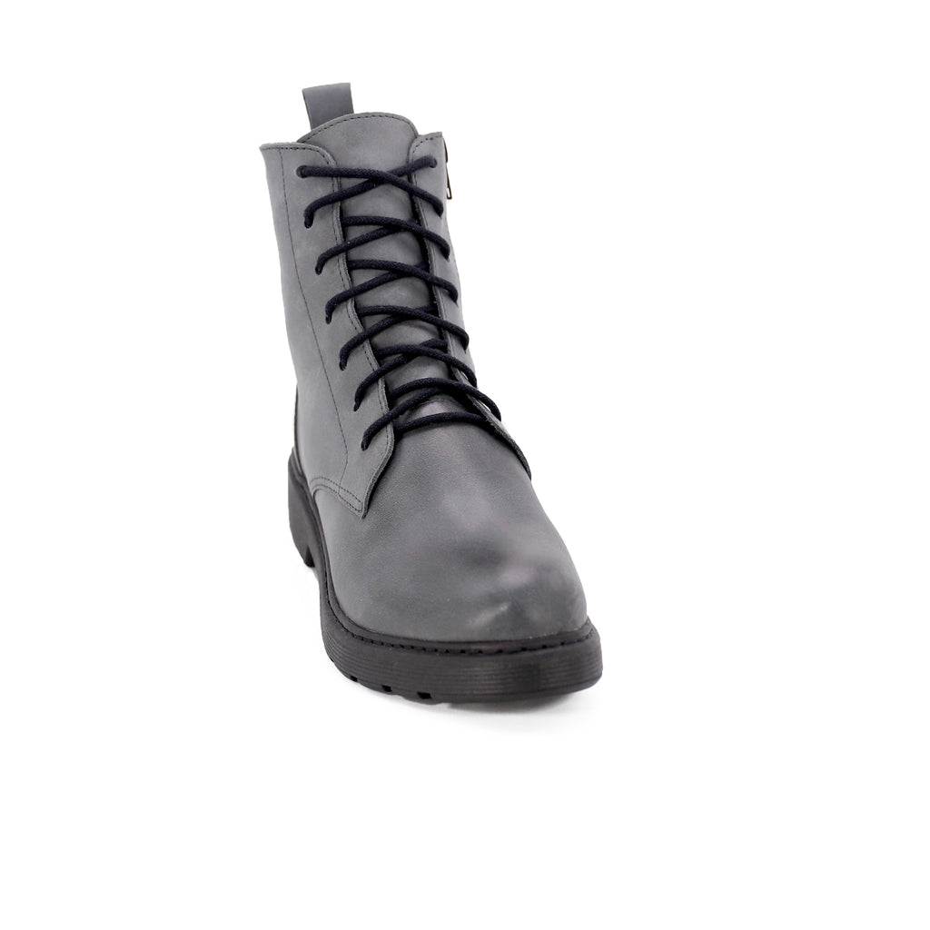 De Wulf Footwear, De wulf shoes, women shoes, women combat boots, women grey combat boots, leather combat boots, women leather combat boots, leather boots, grey leather boots for women, comfortable leather boots, grey boots with laces