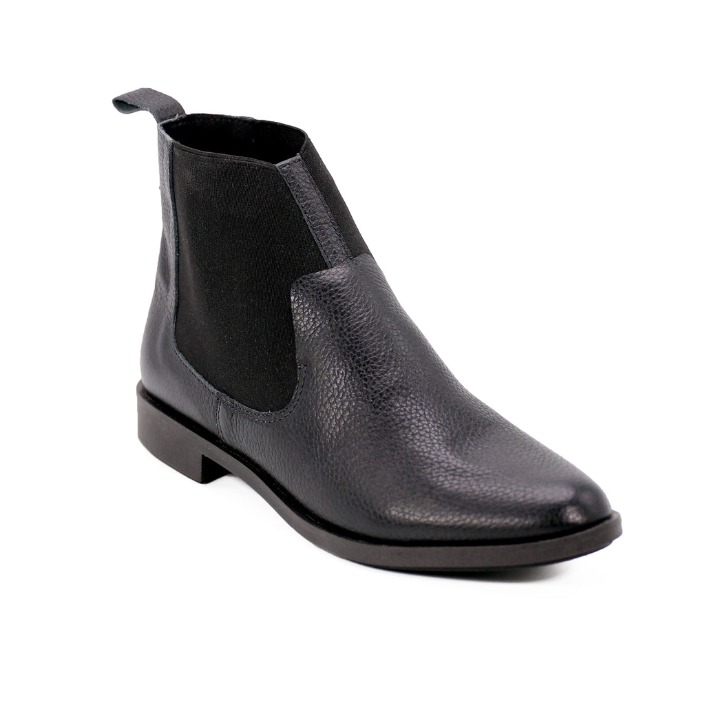De Wulf Footwear, De wulf shoes, women shoes, women ankle boots, women black boots, leather ankle boots, women leather black boots, leather boots, black leather boots for women, comfortable leather boots, black ankle boots, elegant leather boots