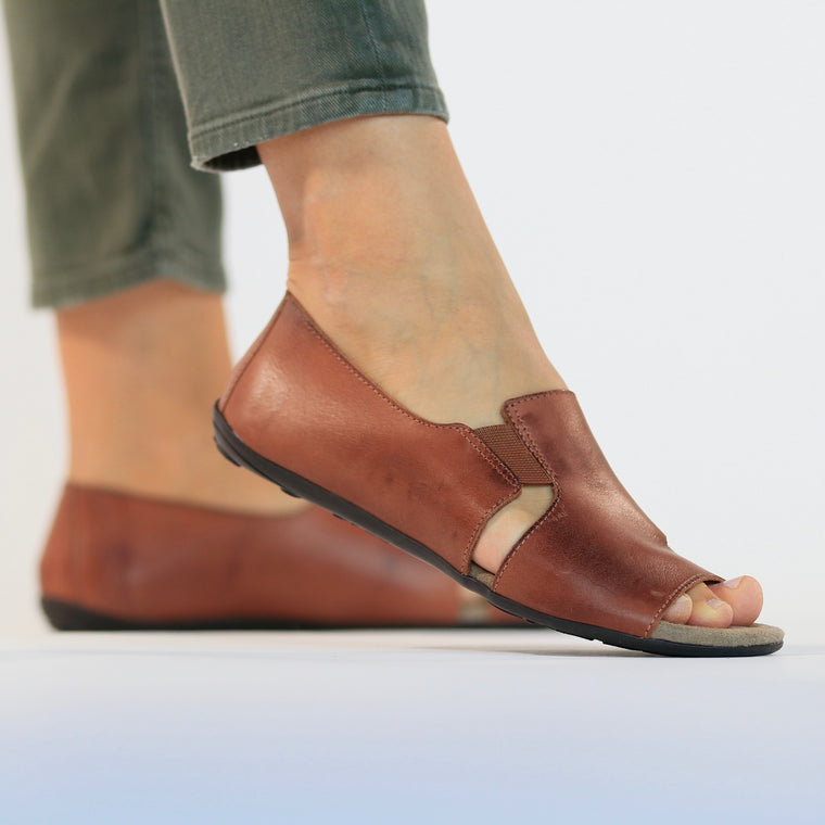 De wulf footwear, de wulf shoes, leather sandals, leather shoes, women leather sandals, women leather shoes, comfortable sandals, comfortable shoes