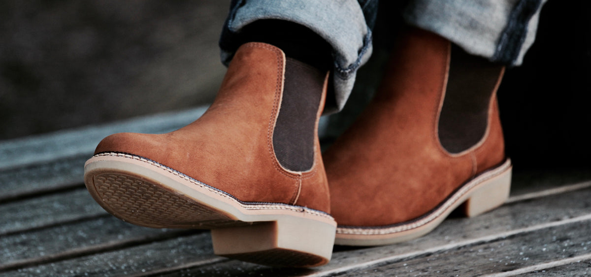 genuine leather chelsea boots men and women
