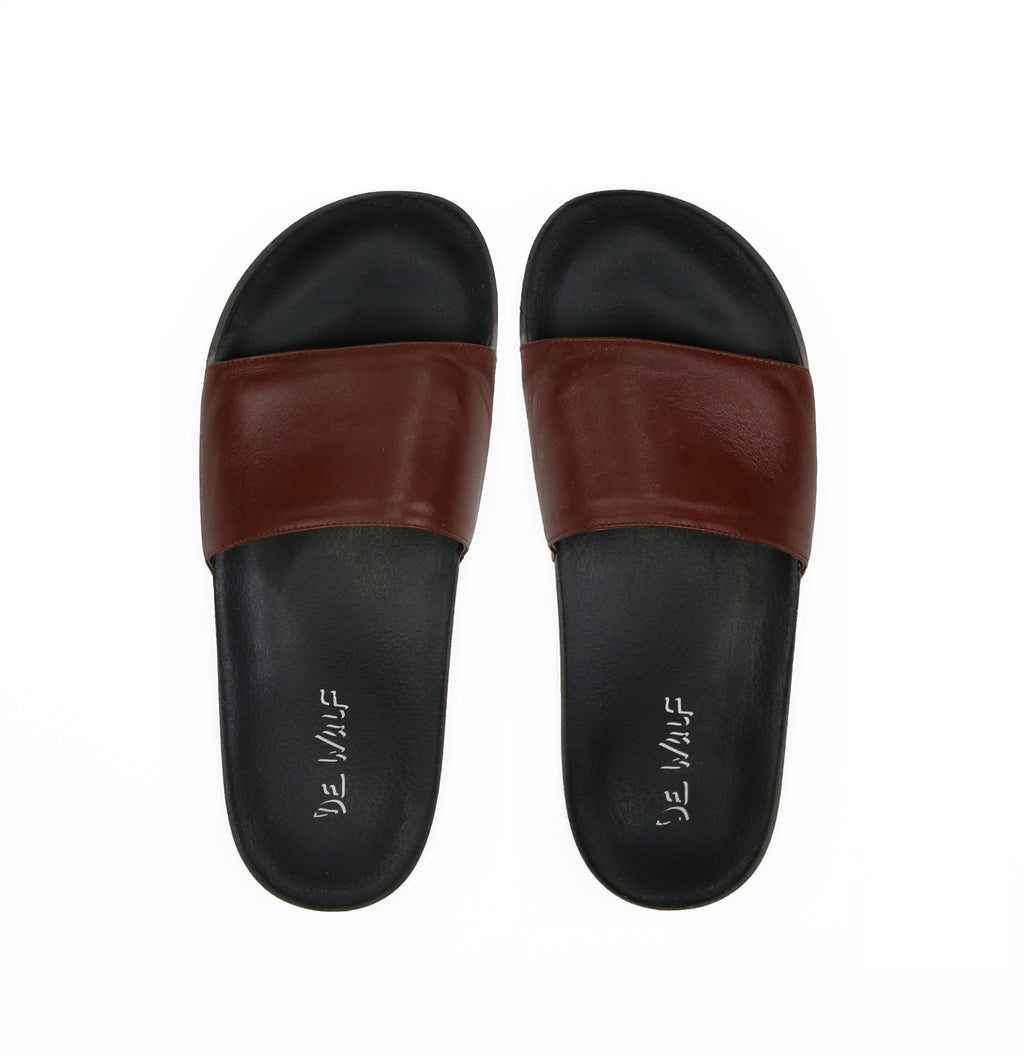DE WULF Footwear, leather slides, men slides, brown slides, summer slides, men flip flops, leather flip flops, most comfortable flip flops men, most comfortable slides, brown flip flops men