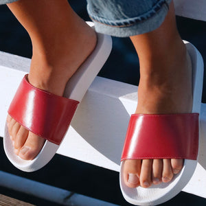 Loolies red, slides red, de wulf footwear, de wulf shoes, flip flops, women red flip flops, summer shoes, summer slides