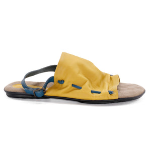 Luma, de wulf shoes, de wulf footwear, de wulf, flat sandals women, women sandals, women leather sandals, leather sandals, yellow sandals women, comfortable sandals women, summer sandals, strappy sandals, gladiator sandals, greek sandals women