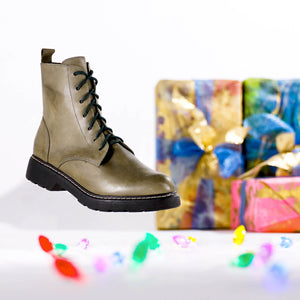 de wulf footwear, de wulf shoes, combat boots, women combat boots, women leather combat boots, green combat boots, leather shoes, leather boots