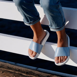 Women slides, loolies, blue slides, blue flip flops, flip flops, women flip flops, summer shoes, comfort shoes, de wulf shoes, de wulf footwear, de wulf, summer, leather shoes, women leather shoes, sandals, women sandals, women leather sandals