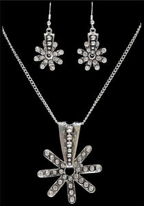 (3DB-EN2240) Western Silver Strike Spur Rowel & Crystal Necklace & Earrings