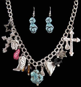 (3DB-BNE1101M) Western Turquoise and Charm Necklace and Matching Earrings