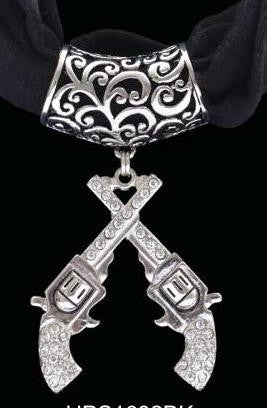 (3DB-HPS1002BK) Western Crossing Pistols Pendant with Black Scarf