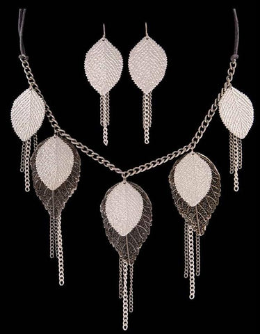 (3DB-NE1325BS) Western Hammered Silver/Black Leaf Necklace and Matching Earrings