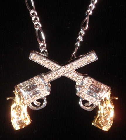 (AASNK234) Western Gold & Silver Crossing Pistols Necklace